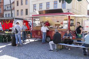 Wochenmarkt Novi Imbiss Stendal
